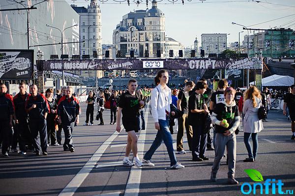 Пробежали! Run Moscow День&Ночь