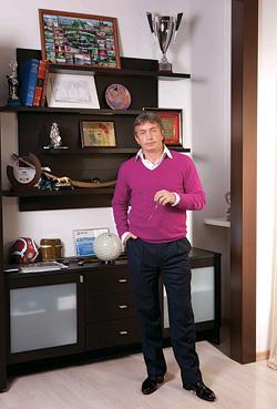 Игорь Лукашов
