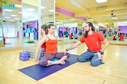 йога для женщин: Баддха Конасана (поза прочного угла)