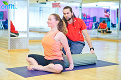 йога для женщин: Супта Баддха Конасана (поза прочного угла лежа на спине)