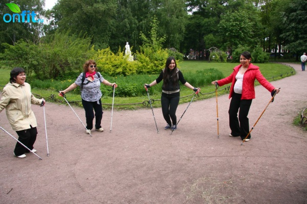 Nordic Walking: палки в руки - и вперед!
