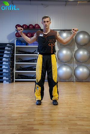 Комплекс упражнений для мужчин: выпады