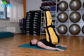 Комплекс упражнений для мужчин: вертикальный подъем ног