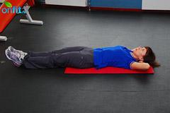 как убрать живот: подтягивание ног к груди