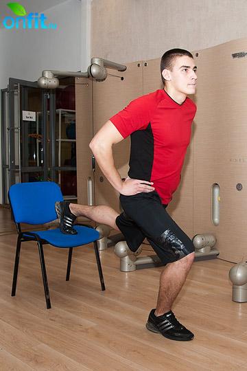 Гимнастика для ног: подъем таза со сведением ног