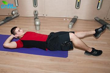 Комплекс упражнений для дома: скручивания на косые мышцы живота