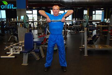 Упражнения на плечи: передняя протяжка