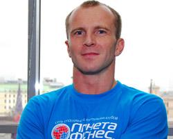 Комплекс упражнения на трицепс подготовил Роман Шаров