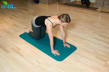 Упражнение на расслабление нижней части спины и растяжение боковых межреберных мышц