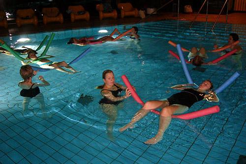 «Аквааэробика для беременных»: новый семинар International Fitness School