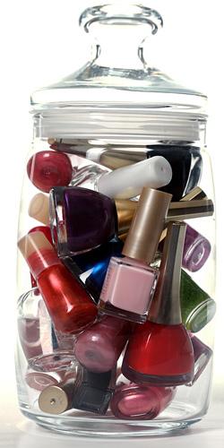 Выбираем цвета лака для ногтей