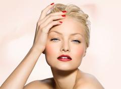 Модный маникюр: тренды весна-лето 2012