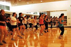 Уникальные мастер-классы по силовым, аэробным и современным танцевальным стилям