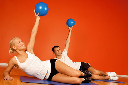Женщины больше мужчин увлечены фитнесом