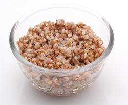 Гречневая диета вместо варки, во время которой исчезает часть витаминов и полезных веществ