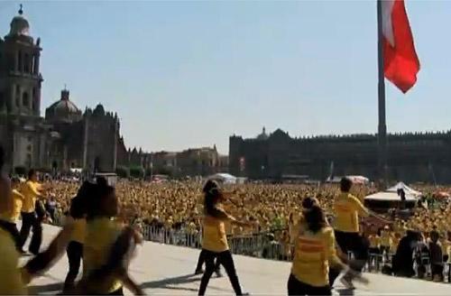 В Мексике прошла самая массовая фитнес-зарядка