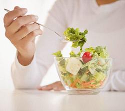 а первую неделю ограничения в приемах пищи помогло организму немного перестроиться на новый рацион