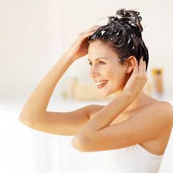 Что касается похода к парикмахеру, то после окрашивания волос или новой стрижки, можно сделать процедуру биоламинирования.