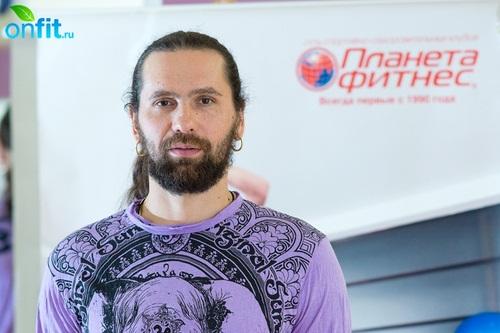 Виталий Литвинов (практикует йогу с 2002 года)
