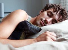 Йога и сон. Как правильно засыпать, спать и просыпаться с точки зрения йоги