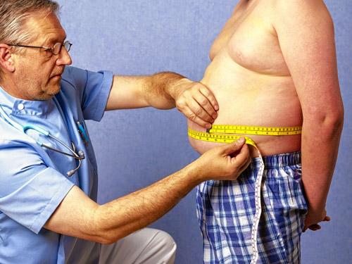 Природой устроено так, что жировые отложения резервируются в «запасниках» — подкожных депо на талии, животе, ягодицах и бедрах, а также вокруг внутренних органов (абдоминальный жир)