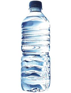 Диетологи советуют ежедневно включать в свой рацион не менее 2-х л обычной воды без газа и употреблять ее небольшими порциями.