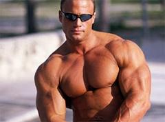 Мнение, что при наборе мышечной массы необходимо постоянно «удивлять» и «шокировать» мышцы — пожалуй, одно из самых распространенных заблуждений.