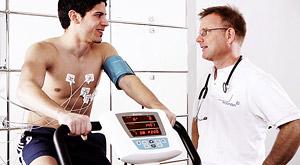 Чтобы тренировки были безопасны и эффективны, перед началом занятий необходима консультация врача лечебной физкультуры и спортивной медицины.