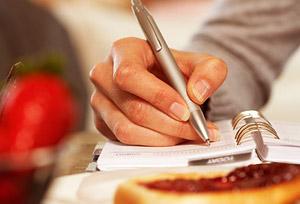 Дневник тренировок — средство универсальное. Он станет надежным помощником в контроле рациона питания.