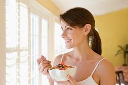 Ученые выяснили, что утром нам проще питаться правильно