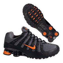 Для бега очень важно подобрать обувь с хорошей амортизацией, нужной для снижения нагрузки на суставы позвоночник.