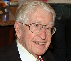Уильям Стауб, изобретатель беговой дорожки, ушел из жизни на 96 году жизни в США.