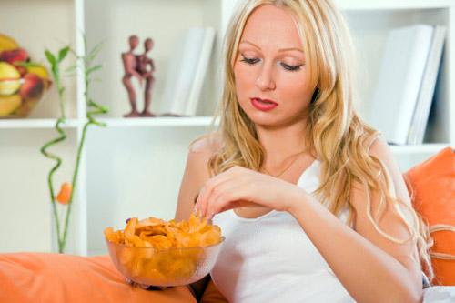 Психологи утверждают, что любые эмоции могут вызвать острую потребность полакомиться чем-нибудь вкусным.