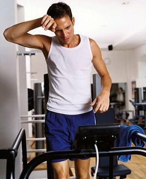 По данным Американского колледжа спортивной медицины, непродолжительные, но высокоинтенсивные упражнения сжигают больше калорий.