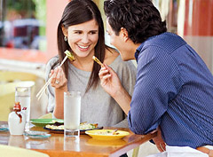 10 правил поведения для худеющих в ресторане