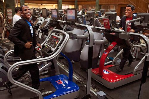В фитнес-клубах США предложили тренировки с политическим уклоном