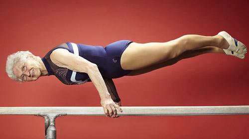 Старейшей гимнастке мира — 87 лет!