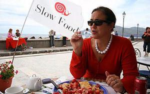 Широкое распространение в последнее время получило движение «медленной еды», так называемое, Slow Food.