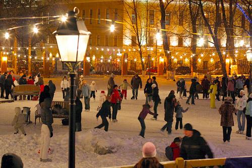 В Москве открывается сезон лыж и коньков