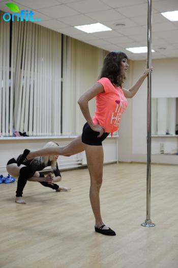Мастер-класс Pole Dance в фитнес-клубе «Фреш Фитнес» (Пражская)