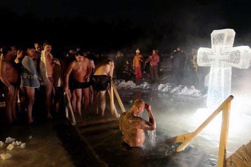 В Петербурге пройдет самое массовое крещенское купание