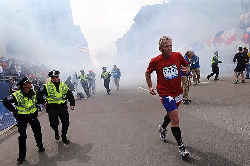 На Бостонском марафоне прогремели взрывы
