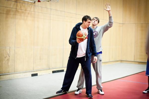 Мастер-класс от звезд мирового баскетбола в World Class