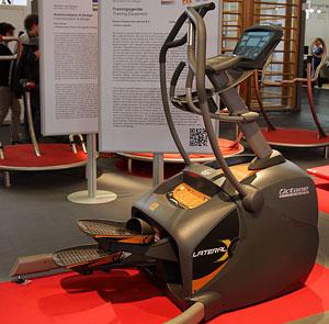 Octane LateralX Elliptica �� Octane Fitness International B.V.