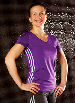 Инструктор по плаванию фитнес-клуба Hard Candy Елена Глебова