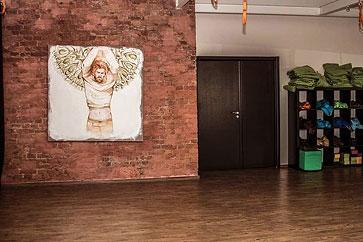 В Fitness&More проходит выставка работ Софьи Мироедовой
