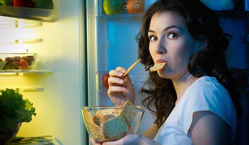 Чем меньше спите, тем больше едите! Мнение ученых
