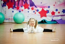«ЕвроФитнес» открывает набор в секцию «Детская акробатика»