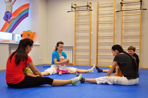 First Step — занятие для детей от 1 до 3 лет в KidnessClub