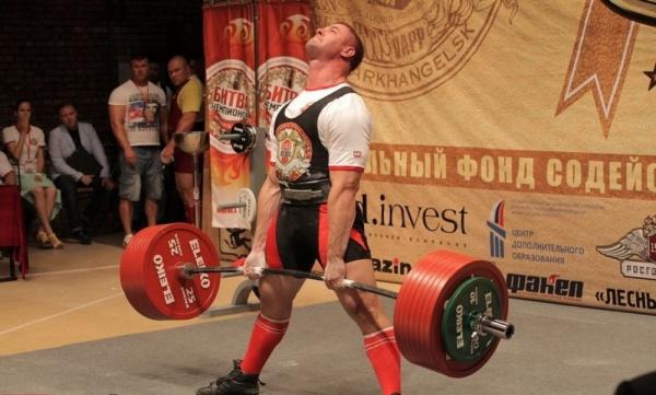 Константин Поздеев тренер фитнес-клуба «Аллигатор» поставил Мировой рекорд
